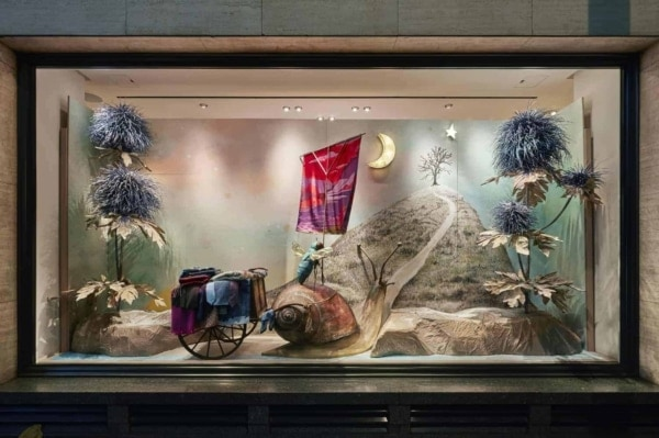 Hermes Christmas Windows 2016 Giant Insects UK and Ireland Bond Street