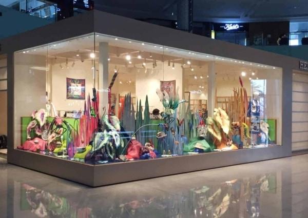 Hermes Dubai Mall SS16 Giant Dragonflies Main Atrium